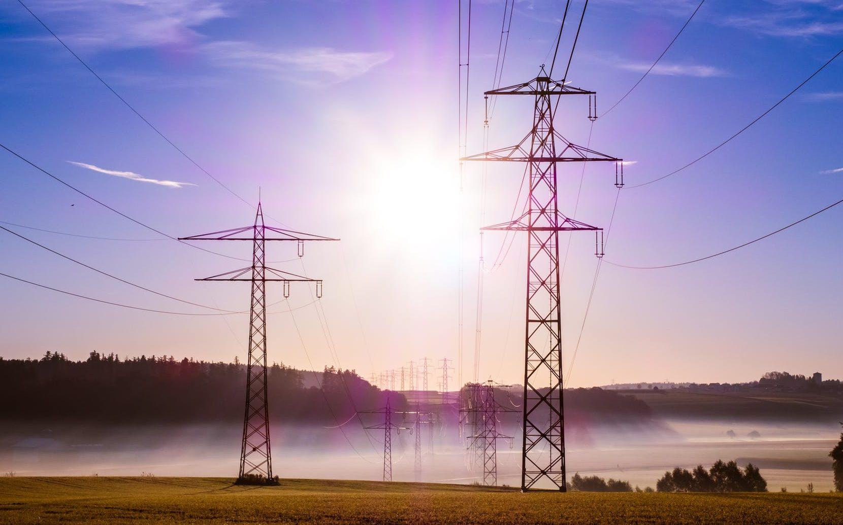 dodavatele elektřiny nebo plynu