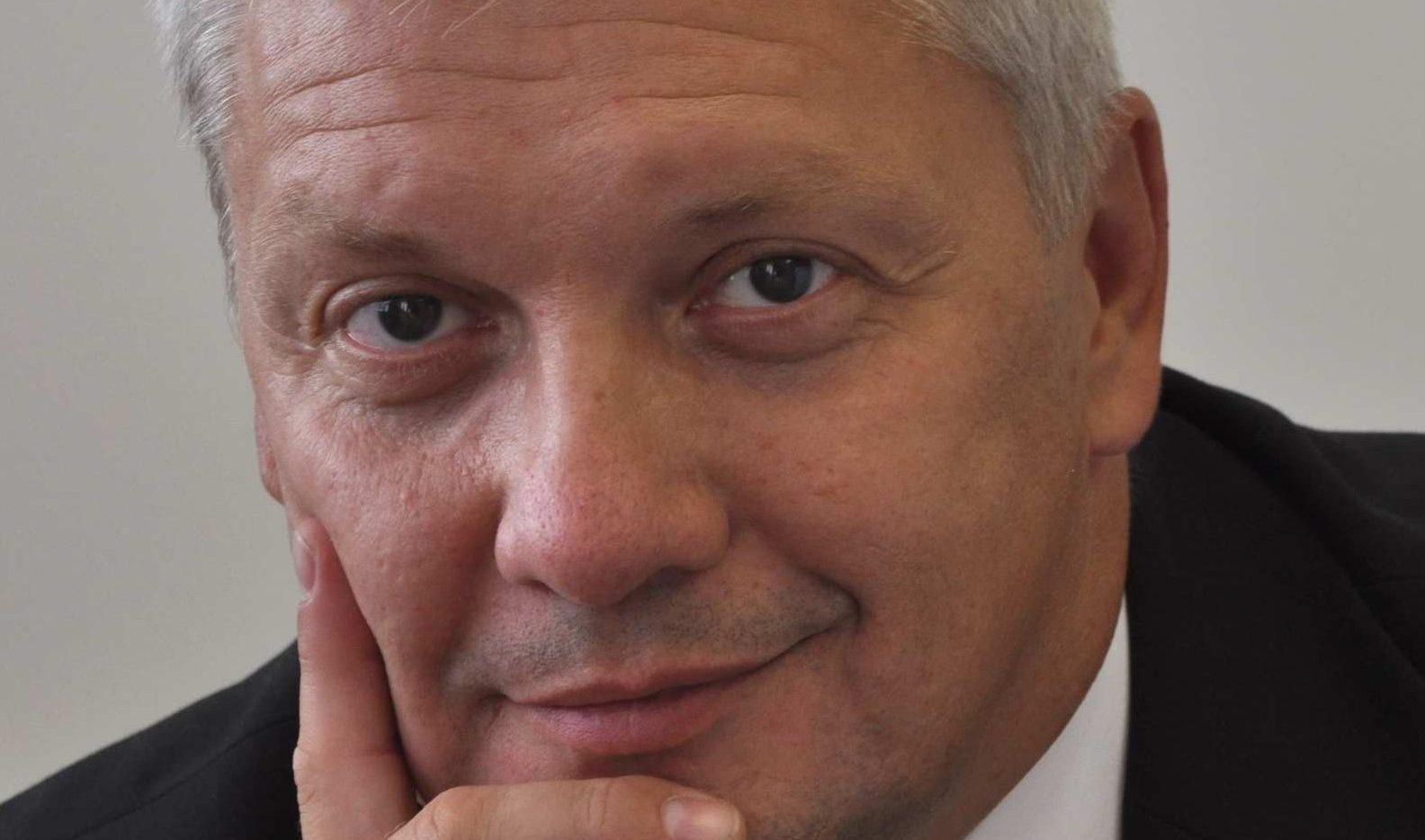 vyřídit pracovní povolení pro cizince - Martin Stolín